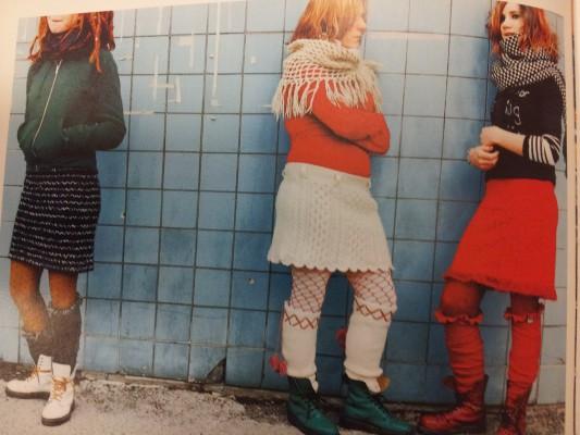 tre tjejer klader