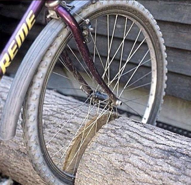 Instagram diy_roomideas_  cykelställ