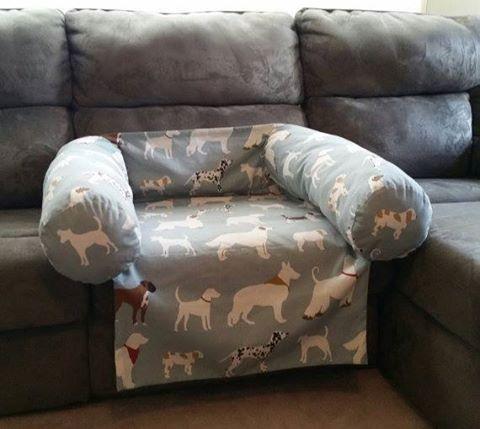 hundbadd-soffa