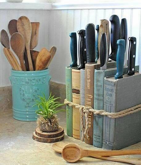 Knivhållare av böcker