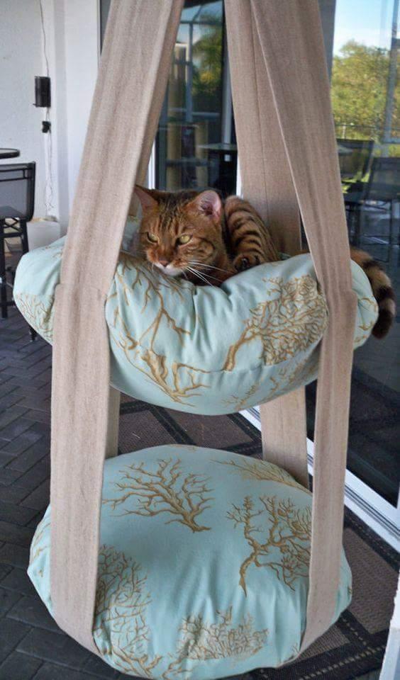 Sy ett kudd-myshäng till katten