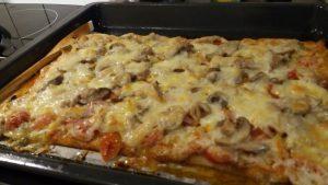 Smarrig pestopizza på Hemköps veckokampanjer
