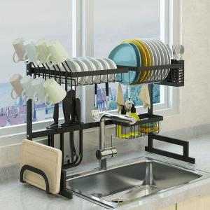Smart diskställ i ett funktionellt kök