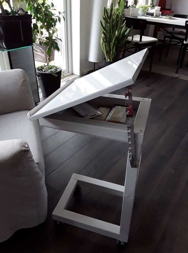 Praktiskt soffbord! Återbruk!