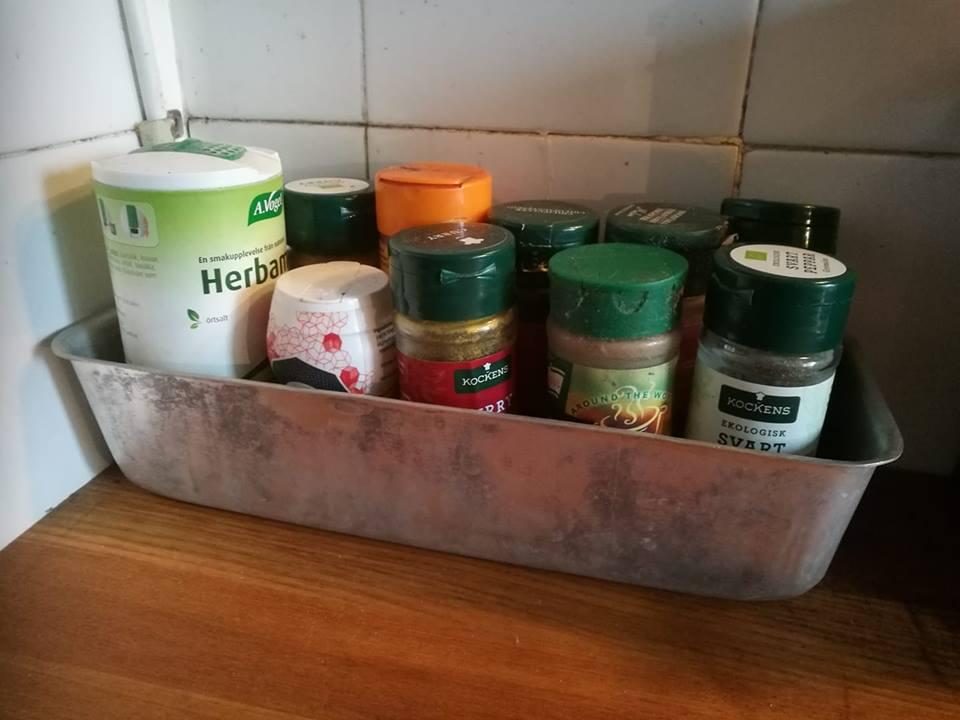 Använda en äldre bakform till kryddor