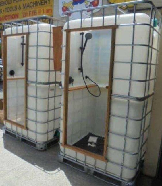 Återbruka IBC tank och göra utomhusdusch / bad