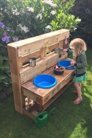 Bygga utomhuskök till barnen