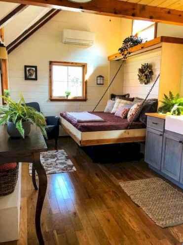 Fälla ned en säng med kedjeanordning