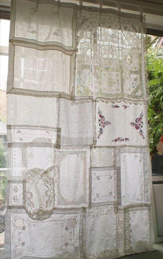 Sy ihop spetsdukar till gardiner