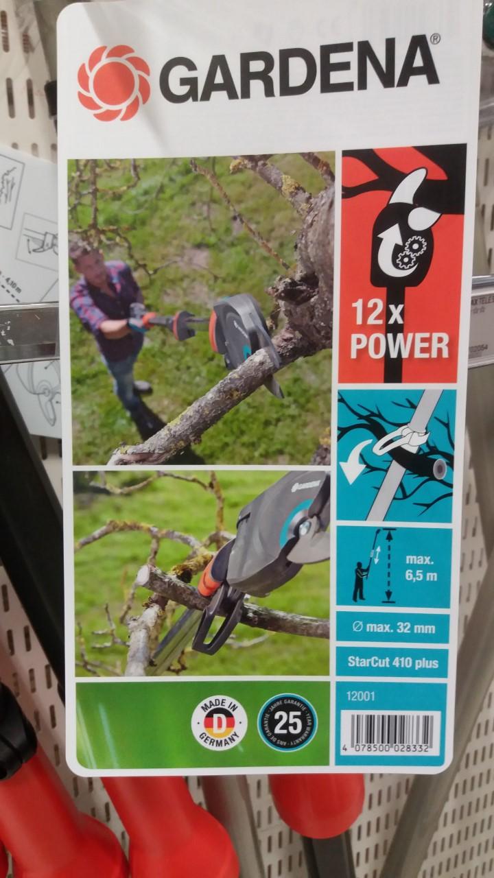 Tips på otroligt smidigt trädgårdsredskap för att kapa grenar högt upp!