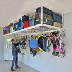 Skapa förvaring i taket i garaget eller förrådet