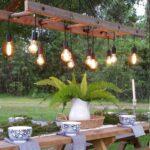 Ljusslingor i trädgården